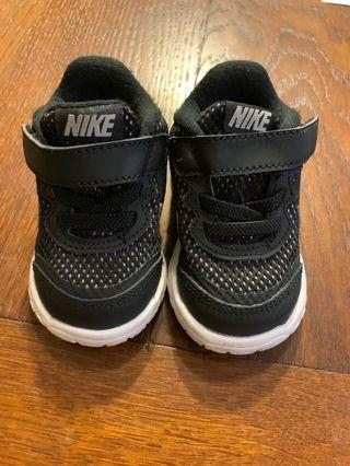 Baby Boy Shoes Nike size 3