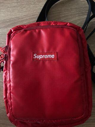 Supreme Shoulder bag 17 Red