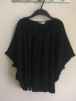 Giordano 黑色女裝 絲紡鬆身娃娃上衣(蝙蝠袖襯衫)(原價$199)