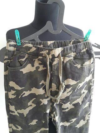 Celana Army Camoe