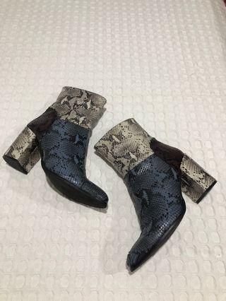 Wittner Snakesin boots