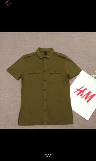 H&M 時尚 帥氣 軍綠 軍裝飾 純棉 短袖襯衫 近全新