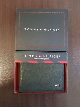 🚚 TOMMY HILFIGER MEN'S WALLET