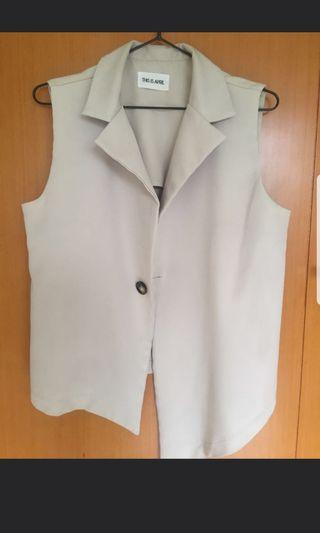 This is April vest outer