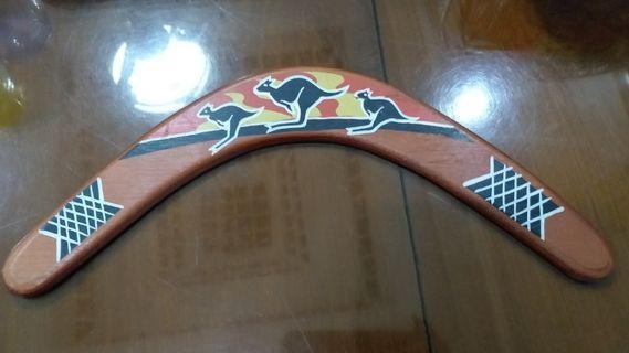 Boomerang - Hiasan Dinding (Bisa dimainkan)