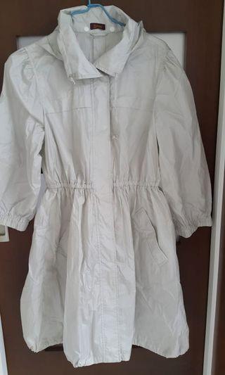Aurora raincoat white colour 白色雨衣