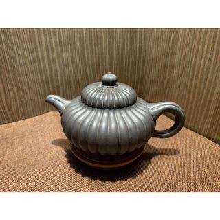 ~壺風茶道~B03《宜興紫砂 原礦黑料紫砂 筋紋菊花壺》~古董、茶壺