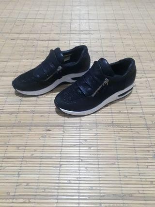 Fashion shoes black