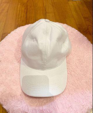 🚚 BASIC WHITE CAP