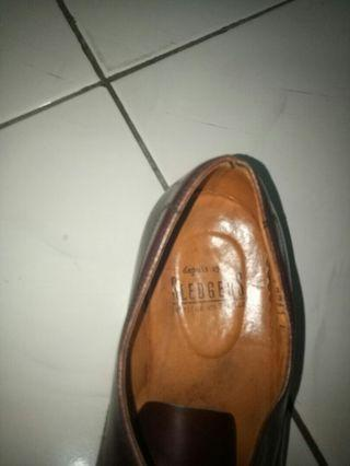 Sledger Shoes Merah Marun Made in France