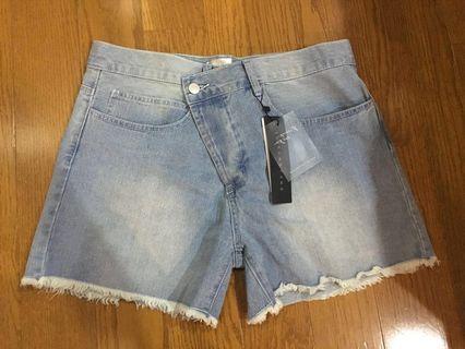 SuiTangTang jeans short pants (Brand new)