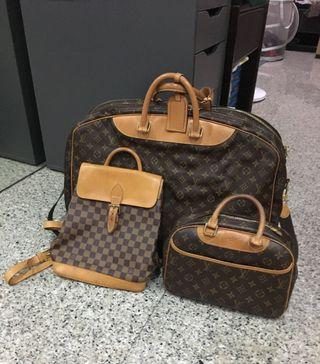 🚚 Authentic Louis Vuitton Luggage, the other two SOLD