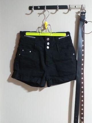 🚚 black high waisted shorts