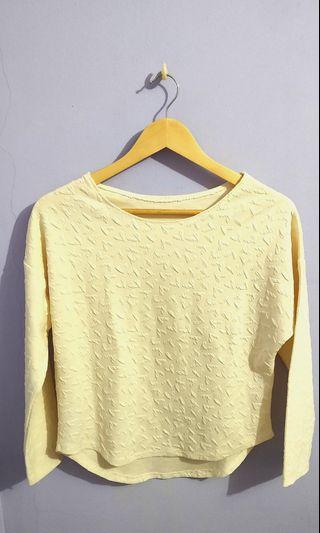 Sweater heart emboss