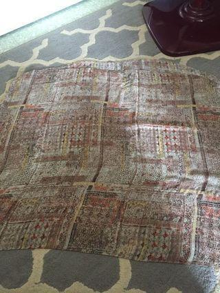 Halfmoon shawl #RayaPhone
