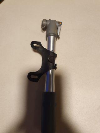 Topeak pocket rock pump