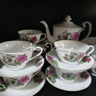 Rare Vintage Bunga Kangkung Tea Set