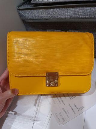 Real leather crossboby bag from Korea