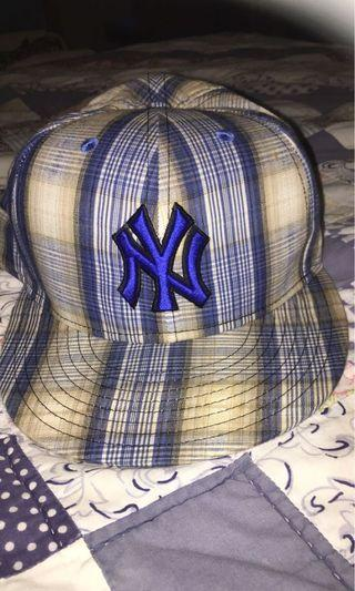 Cap ( New Era) bought in USA 90%new