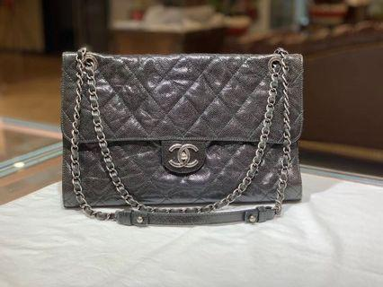 Authentic Pre-loved Chanel Quilted Caviar Leather Shoulder Bag