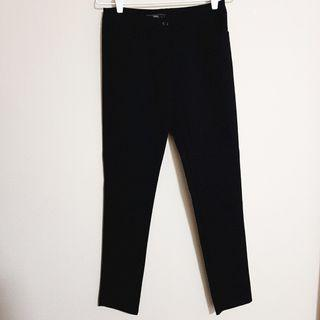 🚚 Black work trousers