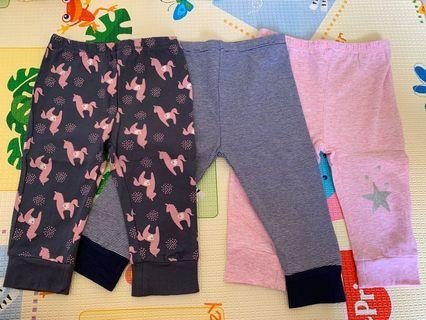 🚚 Target baby pants (6-12 months)