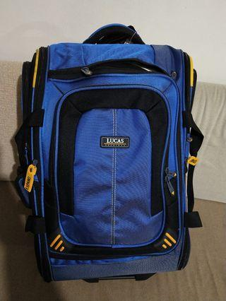LUCAS lightweight expandable cabin luggage