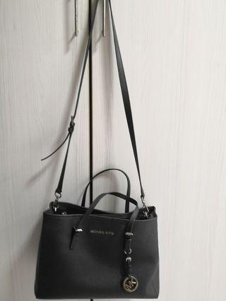 Michael Kors Bag 100% original pre-loved