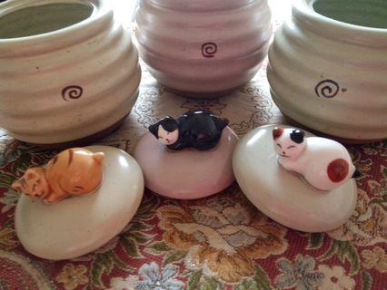 🚚 日本笑臉貓置物陶燒罐