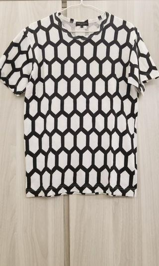 Comme Des Garcons CDG Tee Size S