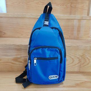 《LECAF》品牌防水單肩側背包