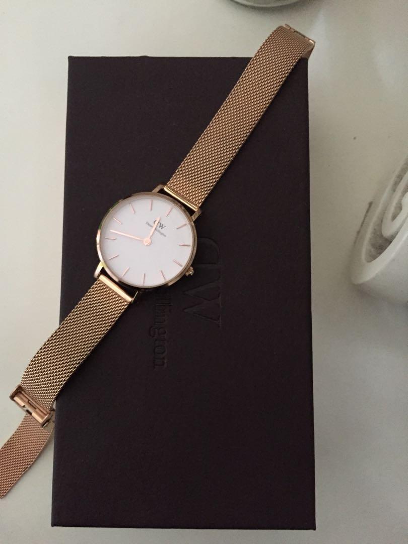 Authentic Daniel Wellington Petite Melrose Watch