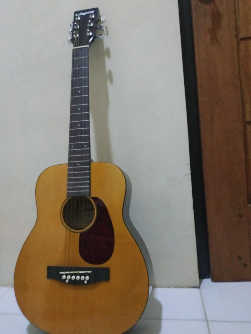 Gitar murah legacy string