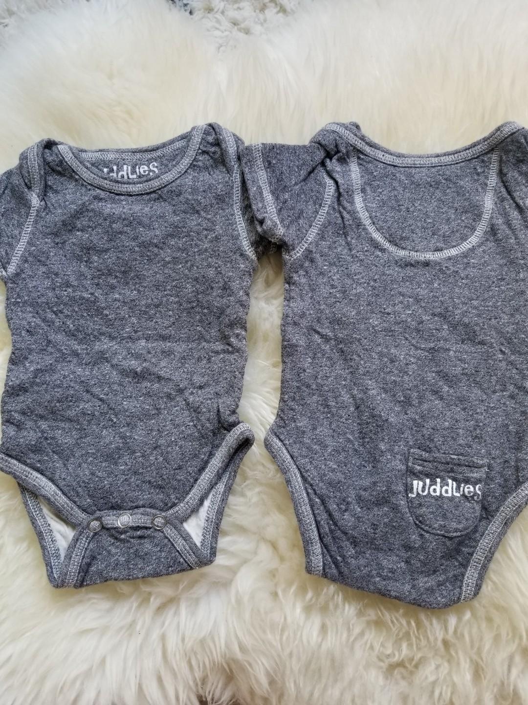 Juddlies onesie bodysuit size 0 to 3 months practically new made in Canada pick up Union Station Yorkville or Gerrard and Main. $5 each or both for $8 retails purchased brand new for 14.95. Yes it is available if you see this ad
