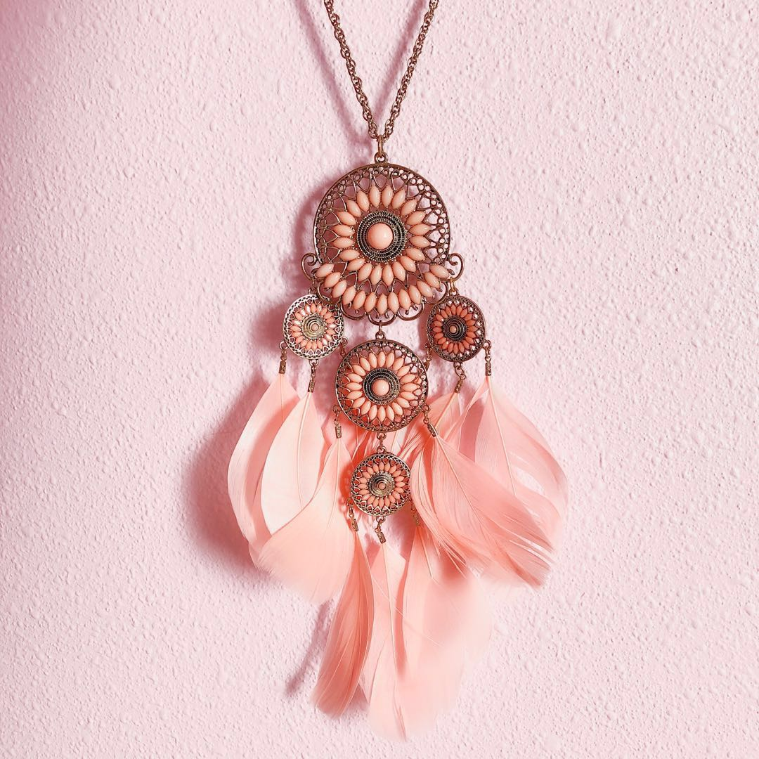 458518ad5a4 💘Lovisa Pink Dream Catcher Feather Fur Long Gold Chain Bohemian Boho Statement  Necklace, Women's Fashion, Jewellery, Necklaces on Carousell