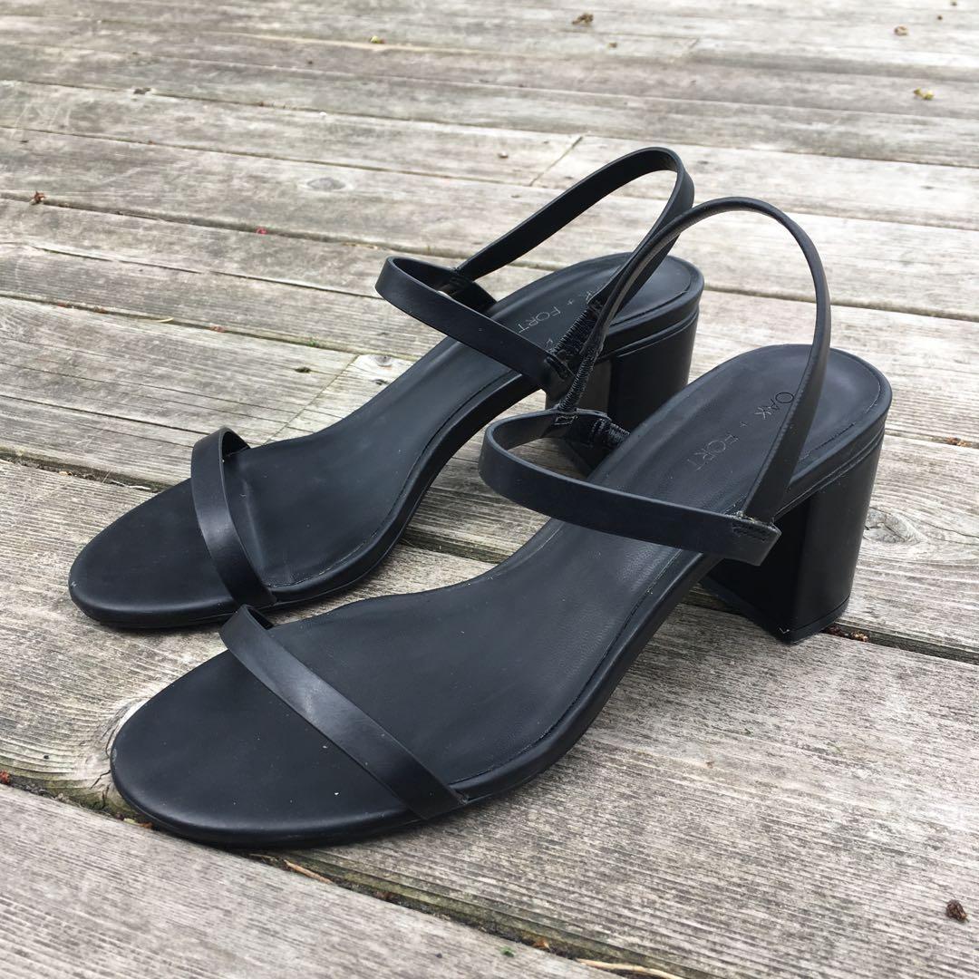 Oak + Fort Sandals