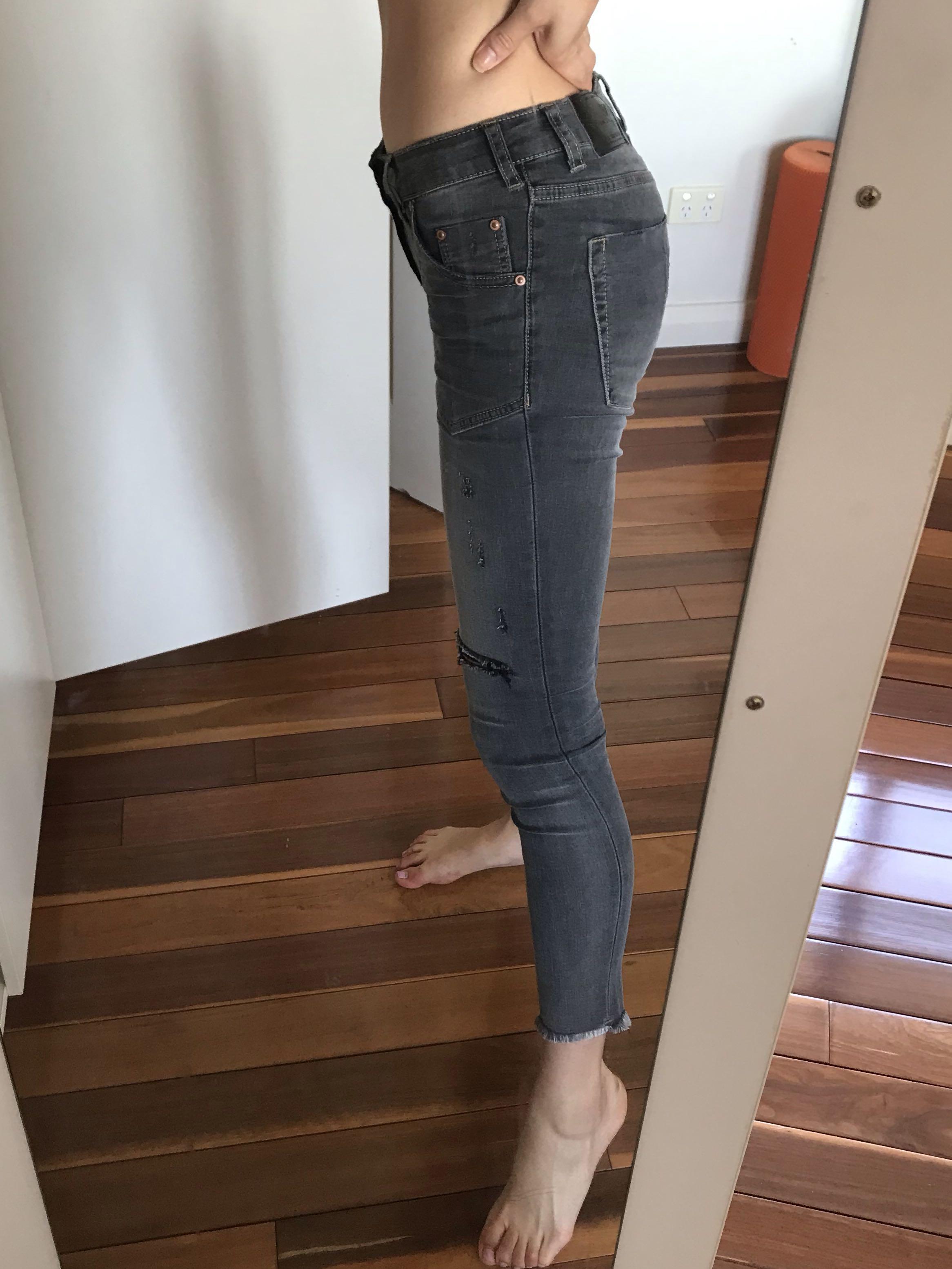 One x one teaspoon Le duke freebird II low waisted super skinny cropped jeans size 26