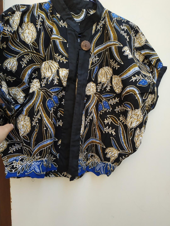 Outwear batik