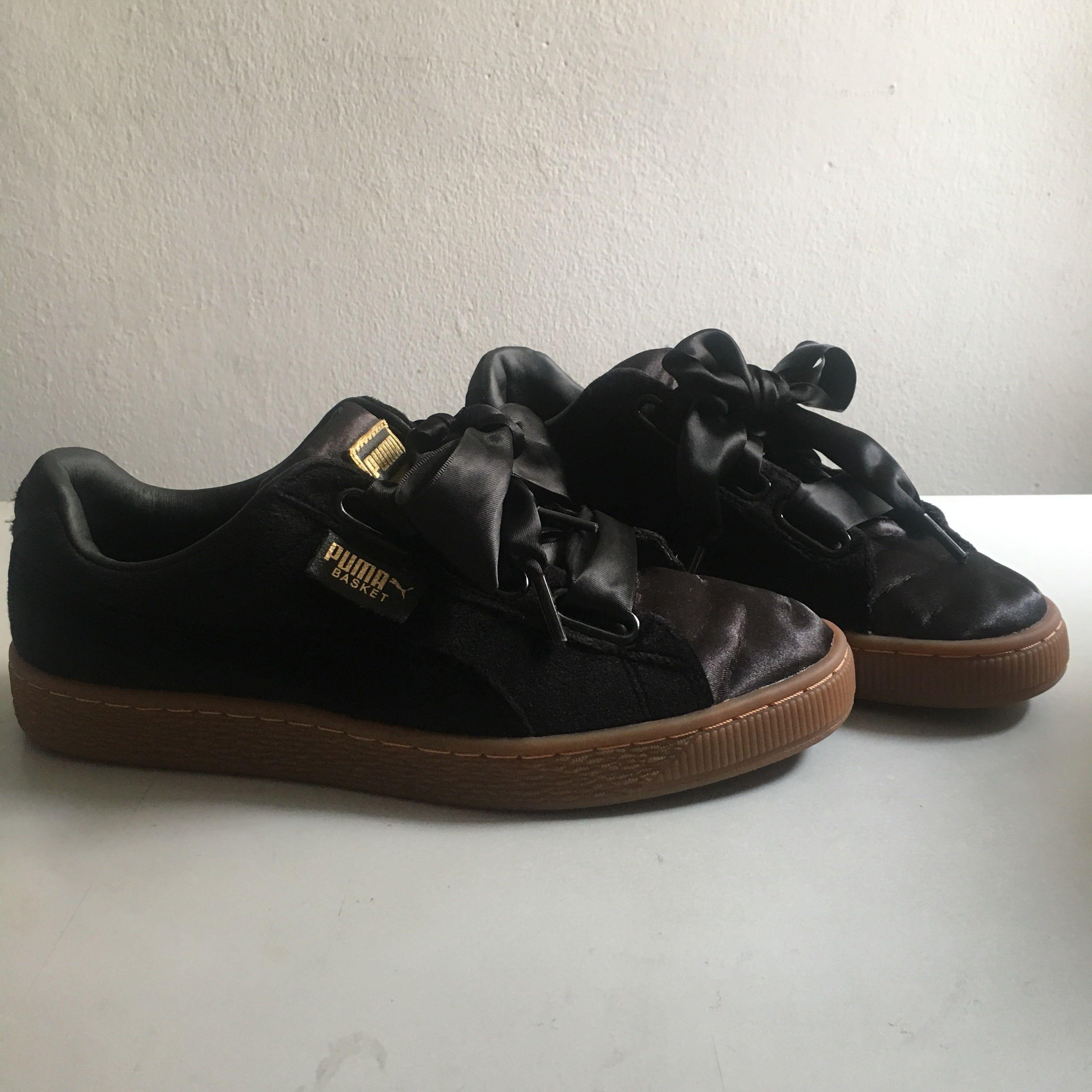 Puma Basket Heart Velvet Sneakers Black