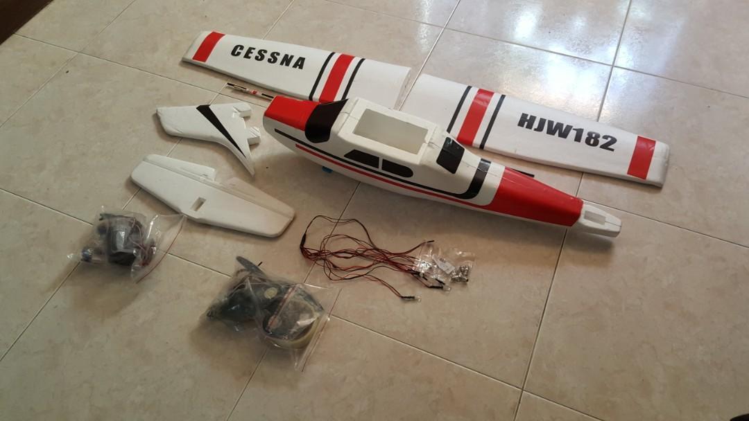RC Plane Cessna HJW 182 1200mm Wingspan EPS Trainer Beginner