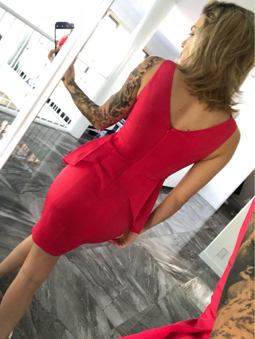 Sheike size 6 perplum dress
