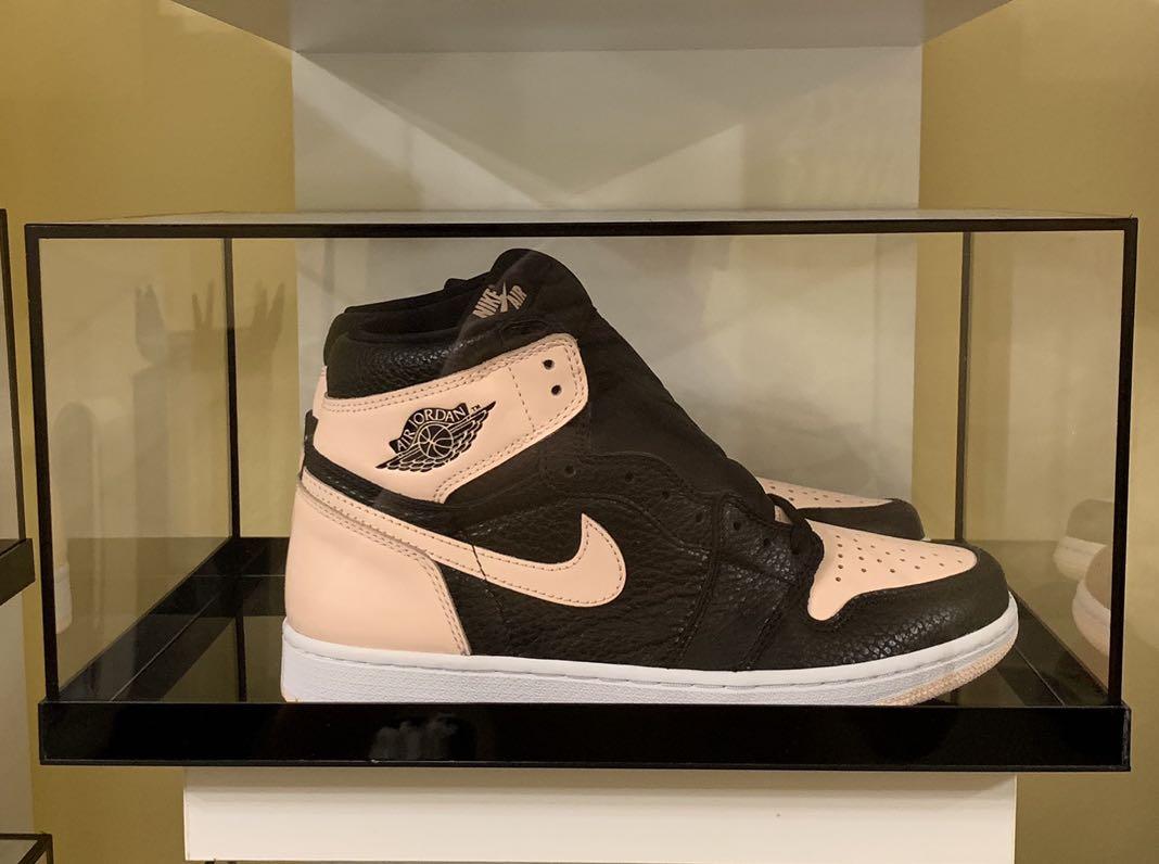 ed529b78b72 US 7.5, 8 Nike Air Jordan 1 Crimson Twist, Men's Fashion, Footwear,  Sneakers on Carousell