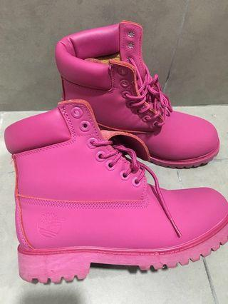 Timberland Water Proof Striking Pink Boots limited edition READ THE DESCRIPTION FIRST BEFORE PM