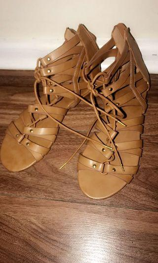 Lechateau brown summer shoe