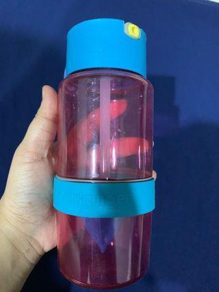 Juice bottle for kids