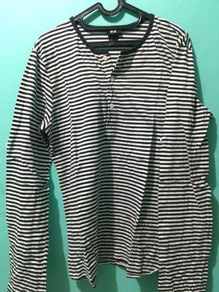 H & M stripe