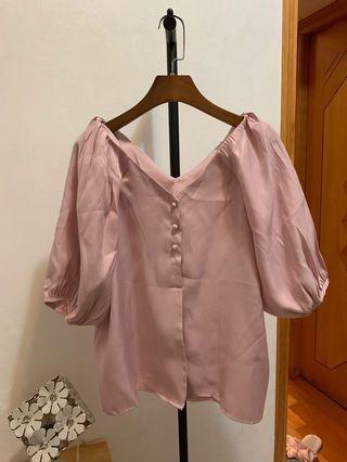 Pink top (粉紅色)