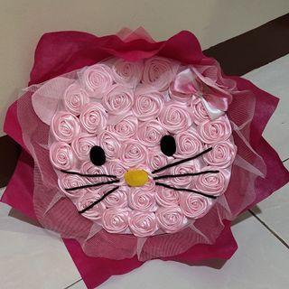 Buket Bunga wisuda karakter hello kitty