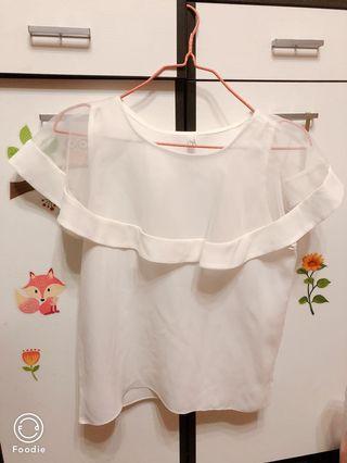白色上衣 透視 OL S-M size (不設量cm回答)