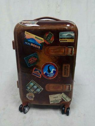 (福利品)20吋 可擴充 飛机輪 亮面硬殼行李箱#照片為實物所拍#